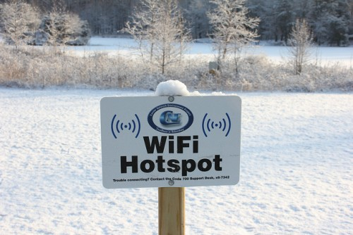Ethernet против Wi-Fi: Ключевые отличия